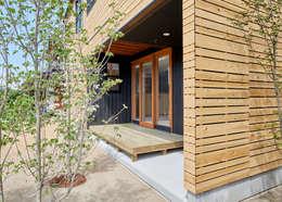君島弘章建築設計事務所의  베란다