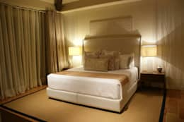modern Bedroom by Olivia Aldrete Haas