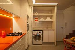 Cocinas de estilo moderno por Carpaneda & Nasr