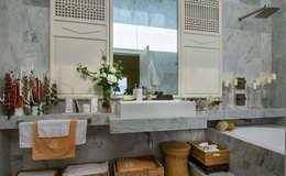 Salle de bains de style  par Olivia Aldrete Haas