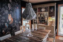 Comedores de estilo rústico por Gavetão- Decoração de Interiores