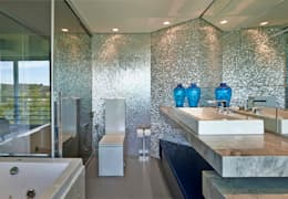 Baños de estilo  por Bellini Arquitetura e Design