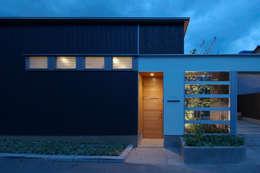 moderne Huizen door スタジオ・ベルナ