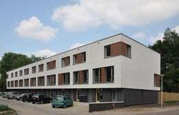 renovatie enschede: moderne Huizen door Wismans & De Jong Architecten BNA