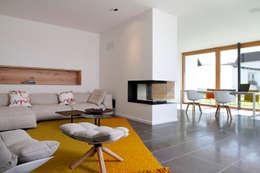 Salon de style de style Moderne par Fichtner Gruber Architekten