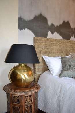 eclectic Bedroom by KREA Koncept