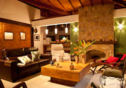 Salas de estilo rústico por Jaqueline Vale Arquitetura