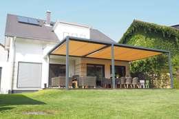 Jardines de estilo ecléctico por Textile Sonnenschutz- Technik