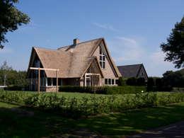 Woonhuis Katlijk: landelijke Huizen door Sipma Architecten
