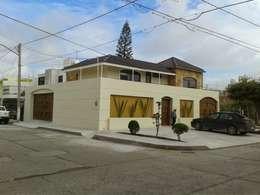 Casa JdC: Casas de estilo moderno por PUNTO A PUNTO ARQUITECTURA