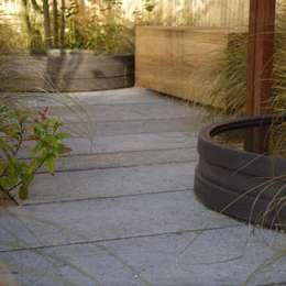 Japan Garden & Flower Show - Nagasaki: moderne Tuin door Tom de Witte - ontwerpers van de buitenruimte