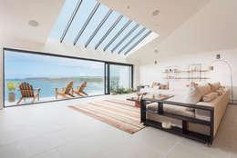 Projekty,  Salon zaprojektowane przez Laurence Associates