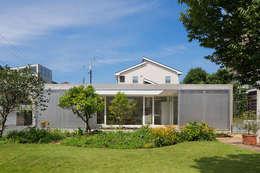 บ้านและที่อยู่อาศัย by MANI建築デザイン事務所