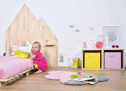 Lilipinso and Co: Chambre d'enfants de style  par decoBB