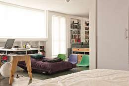 Apartamento en Sabana Grande: Salas / recibidores de estilo minimalista por PUNCH TAD