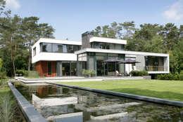 Woonhuis Bosch en Duin: moderne Huizen door Maas Architecten