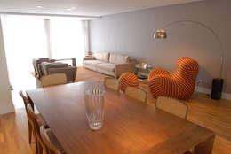 Jantar integrado ao Living 3: Salas de estar minimalistas por MONICA SPADA DURANTE ARQUITETURA
