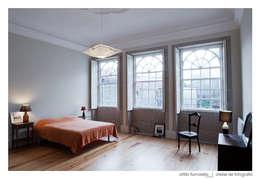 moderne Schlafzimmer von BAAU - Bernardo Amaral Arquitectura+Urbanismo