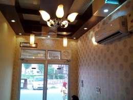 مكتب عمل أو دراسة تنفيذ Mohali Interiors