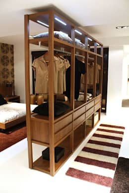 Closets de estilo  por VERA INTERIORISMO