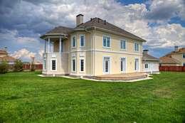 Дизайн фасада  двухэтажного дома, 120 кв. м, Московская область: Дома в . Автор – Ad-home