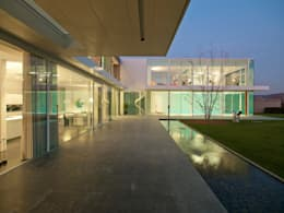 Terrazas de estilo  por Luc Spits Architecture