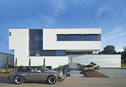Maisons de style de style Moderne par LEE+MIR