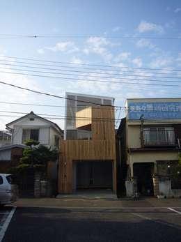 外観: 小形徹*小形祐美子 プラス プロスペクトコッテージ 一級建築士事務所が手掛けた家です。