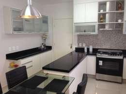 moderne Küche von Ágape Arquitetos Associados