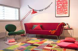 i tessuti per divani: quali colori scegliere? - Soggiorno Fucsia