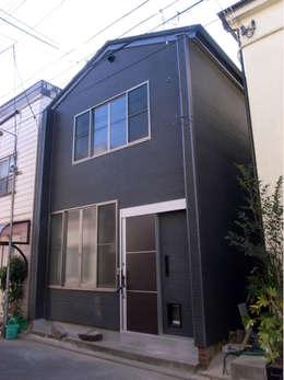 บ้านและที่อยู่อาศัย by 姫松親一郎建築設計事務所