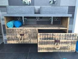 Wastafel meubel: landelijke Badkamer door maiidee