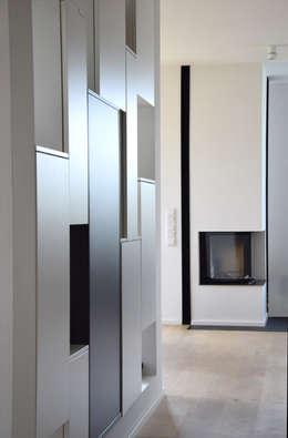 moderne Woonkamer door Marcus Hofbauer Architekt