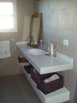 ห้องน้ำ by Fainzilber Arqts.