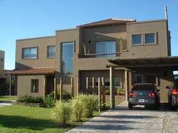 บ้านและที่อยู่อาศัย by Fainzilber Arqts.