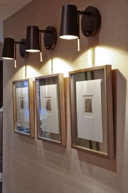 Projekty,  Korytarz, przedpokój zaprojektowane przez Keir Townsend
