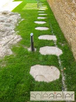 Jardines de estilo rústico por SOLE ATELIER, LDA