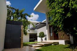 منازل تنفيذ AIDA TRACONIS ARQUITECTOS EN MERIDA YUCATAN MEXICO