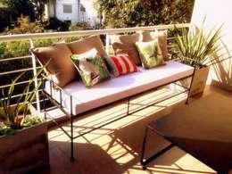 Muebles de hierro: Terrazas de estilo  por Tienda de Hierros