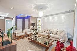 Livings de estilo moderno por Patrícia Azoni Arquitetura + Arte & Design