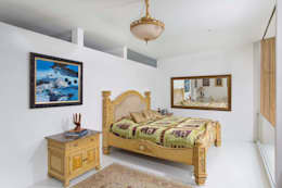 : Salas de estilo moderno por Giovanni Moreno Arquitectos