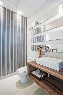 modern Bathroom by Patrícia Azoni Arquitetura + Arte & Design