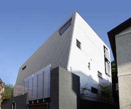 반포 577 주택 : 한울건축의  주택