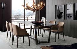Mesa Atlantis con tapa de madera: Comedores de estilo moderno por Michael Thonet