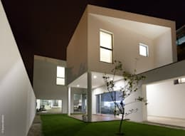 modern Houses by bo   bruno oliveira, arquitectura