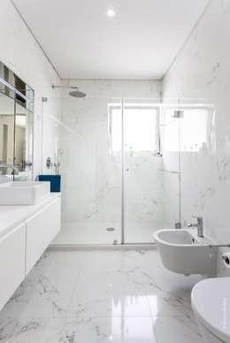 浴室 by bo   bruno oliveira, arquitectura