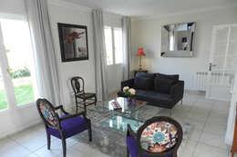 Exemples de réalisations de particulier: Salon de style de style Moderne par Idées dans la maison
