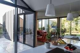 Столовые комнаты в . Автор – LAUS architectes