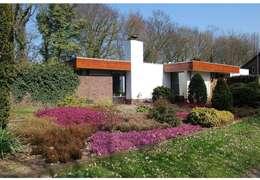 straatgevel voor restyle:   door Duoplan Doetinchem Architecten