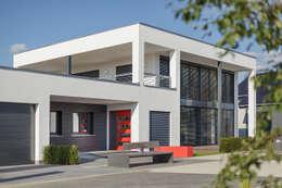 Casas de estilo moderno por Lopez-Fotodesign
